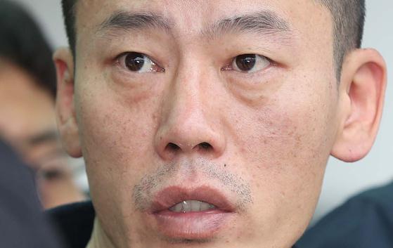 진주 아파트 방화·살인 혐의로 구속된 안인득. 연합뉴스