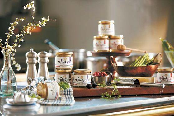 화이트 엔젤 푸아그라 스프레드 시리즈는 강제 급이 방식을 사용하지 않은 오리의 간을 가공해 만든 푸아그라 가공 제품이다. [사진 ㈜인우FS]