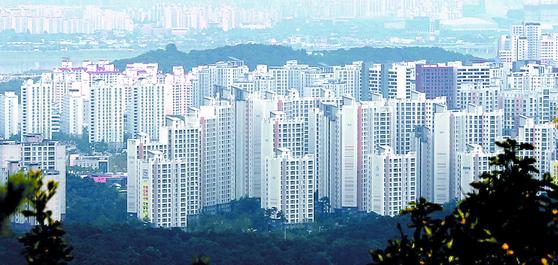 김포 한강신도시의 모습. 6ㆍ17 대책에서 규제지역 지정에서 비껴나간 이후 집값이 한 주만에 90배 가량 급등했다. [연합뉴스]