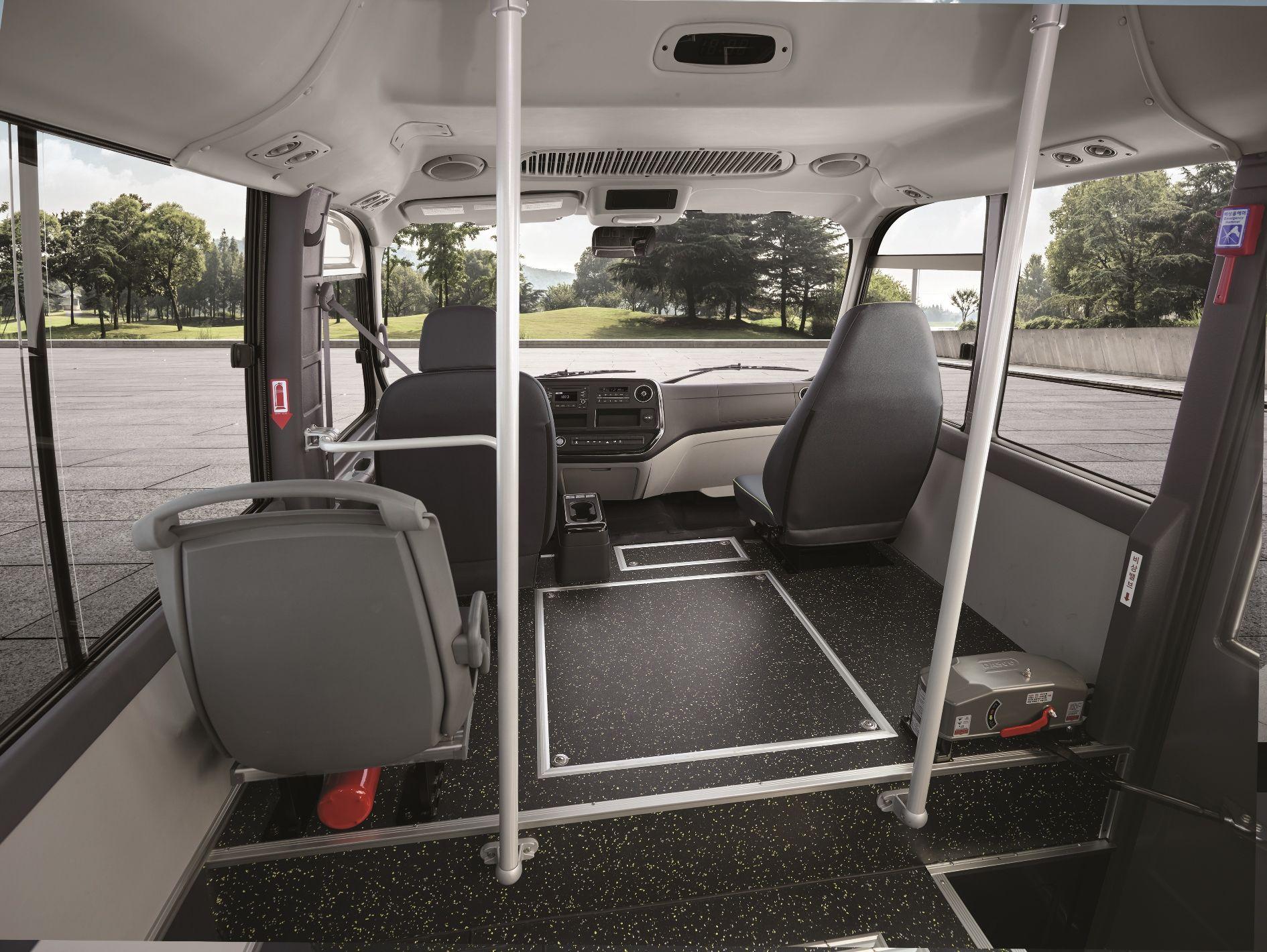 현대차 중형 전기버스 카운티 일렉트릭 내부. 사진 현대차