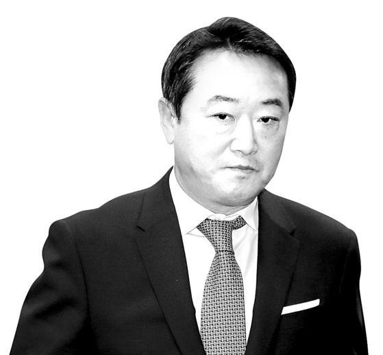이웅열 전 코오롱그룹 회장의 모습. [뉴스1]