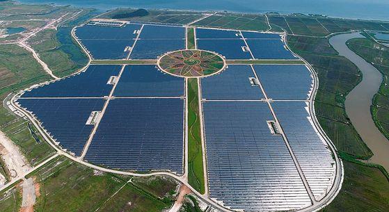 국내 최대 태양광 발전소 준공
