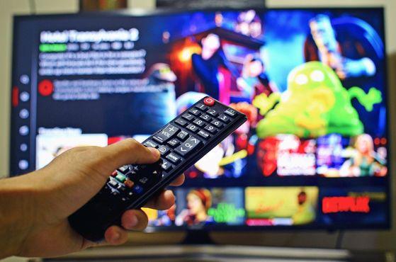 인터넷과 IPTV 결합상품 이용자들 가운데 타사 상품에 가입한 뒤 기존 상품에 해지 신청을 하지 않아 이중 과금 피해를 입는 일이 적지 않았다. [픽사베이]