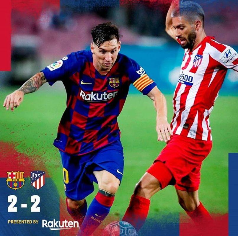 바르셀로나 리오넬 메시(왼쪽)가 1일 개인통산 700호골을 터트렸다. 하지만 바르셀로나는 2-2로 비겨 우승경쟁에 적신호가 켜졌다. [사진 바르셀로나 인스타그램]