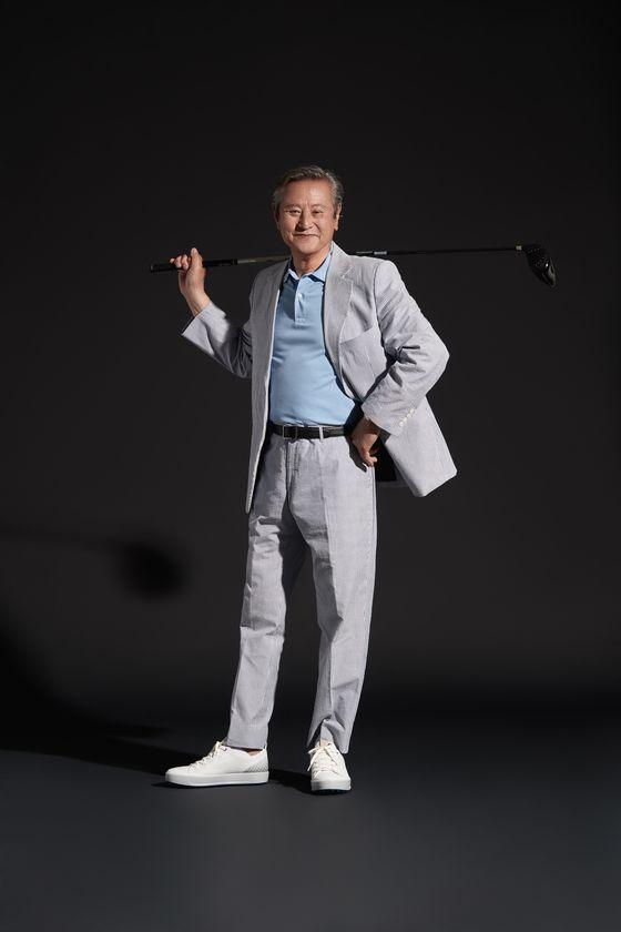 대배우 박근형은 구력만 40년 넘은 베테랑 골퍼다. 연기처럼 골프에도 뚜렷한 철학을 갖고 있었다. [사진 포토그래퍼 신중혁]