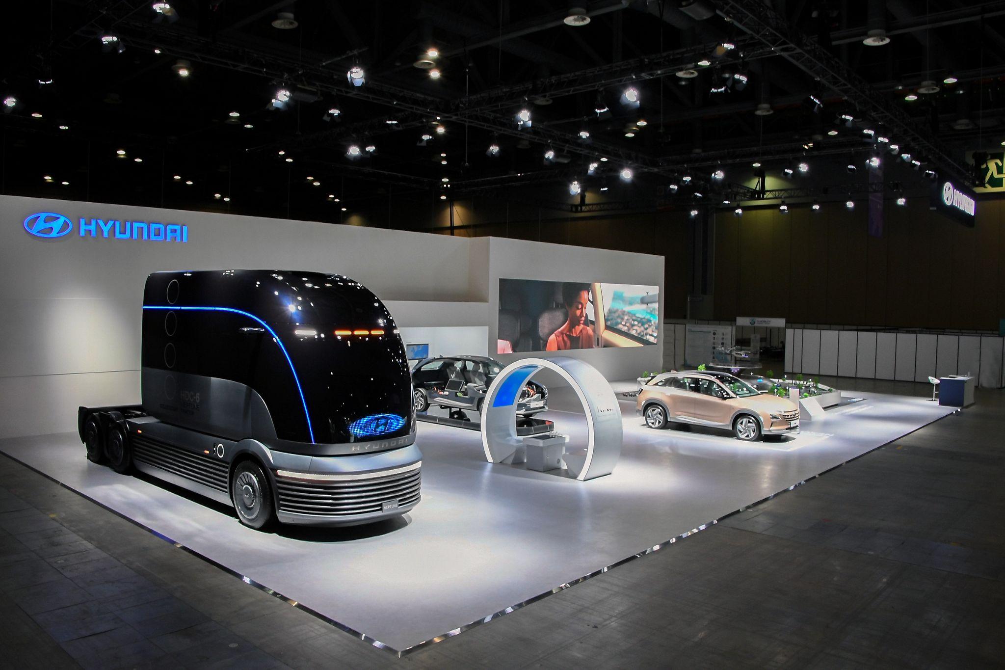 1일 경기 고양 킨텍스에서 열린 '2020 수소모빌리티+쇼'에 참가한 현대차 부스. 사진 현대차