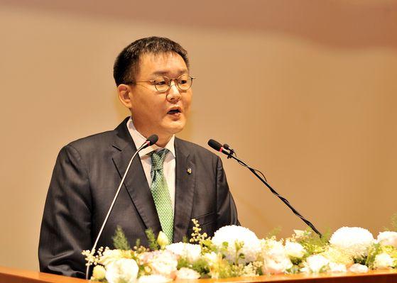 김남호 DB그룹 신임 회장이 1일 취임사를 발표하고 있다. DB그룹