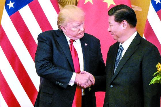 미국 '무역불이익' 중국 '공안통제'…한국기업 새우등 우려