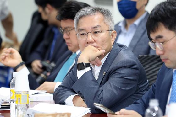 최강욱, 윤석열 檢회의 소집에 똘마니들 규합···조폭 쿠데타