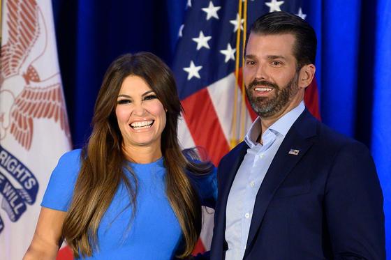 도널드 트럼프 대통령의 장남인 도널드 트럼프 주니어(오른쪽)와 그의 여자친구 킴벌리 길포일. [AFP=연합뉴스]
