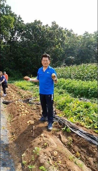 사진 국회 외교통일위원장인 더불어민주당 송영길 의원 페이스북 캡처