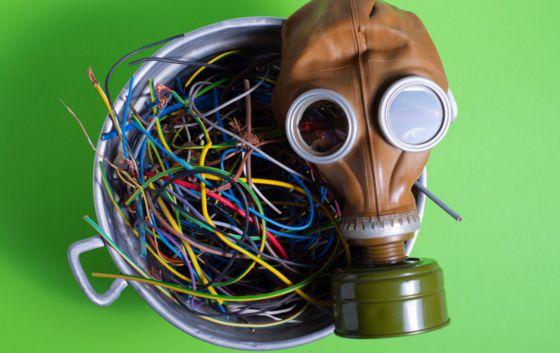 지난해 전세계 전자 폐기물의 재활용 비율이 17.4%에 그친 것으로 조사됐다. [UN 2020 전자폐기물 보고서]