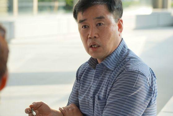 """세종시에서 자율주행 셔틀 실증사업을 벌이고 있는 문영준 한국교통연구원 국가혁신클러스터 R&D연구단장은 """"2025년이면 본격 자율주행 시대가 시작된다""""고 말했다. [사진 폴인]"""