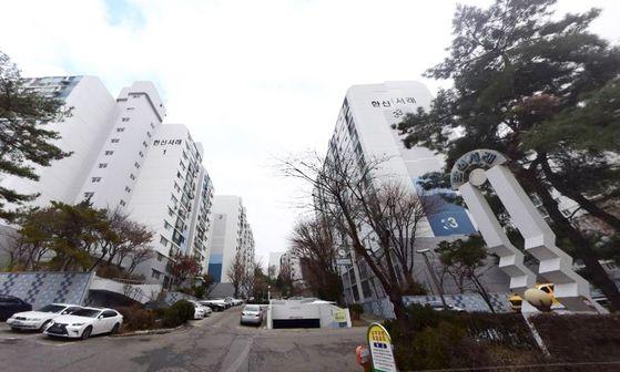 노영민 대통령비서실장이 소유한 서울 서초구 반포동 한신서래 아파트. 네이버지도