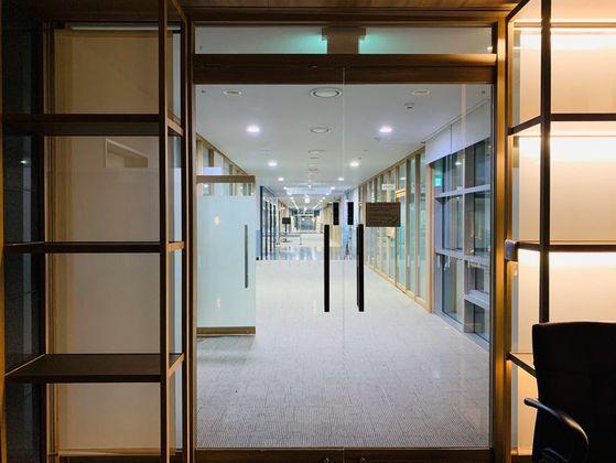 공석이 된 서울시장…박원순 복심 6층 사람들 시청 떠난다