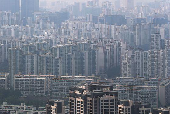 서울 강남구 대치동 일대에 '똘똘한 한 채'로 불리는 아파트들이 빽빽하게 들어찬 모습. 연합뉴스