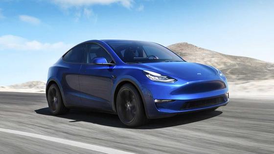 전기차 선두주자 테슬라가 인도를 시작한 전기 스포츠유틸리티차량(SUV) 모델Y. 보급형 전기차인 모델3와 부품의 75%를 공유한다. 사진 테슬라
