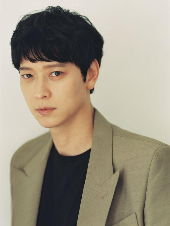 좀비 액션 영화 '반도'(15일 개봉)로 돌아온 배우 강동원을 10일 서울 삼청동 카페에서 만났다. [사진 NEW]
