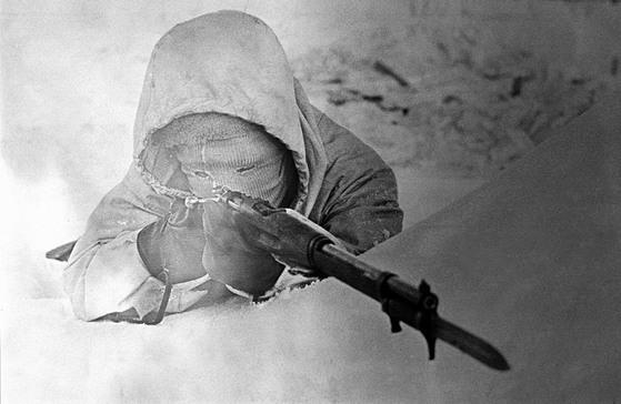 핀란드군의 전설적인 저격수 시모 해위해(1905~2002)는 겨울전쟁 중 542명(800명이라는 설도 있음)을 사살했다.