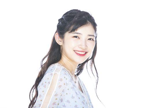 일본 출신 여가수 유키카가 9일 중앙일보 스튜디오에서 인터뷰후 포즈를 취하고 있다. 권혁재 사진전문기자