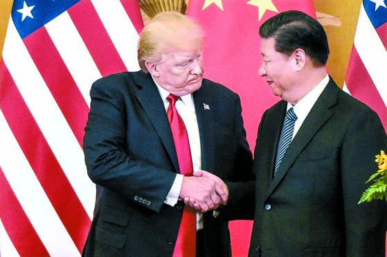 도널드 트럼프 미 대통령(왼쪽)과 시진핑 중국 주석. AFP=연합뉴스