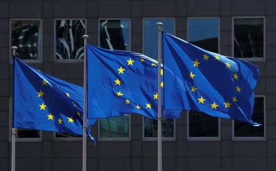 코로나19의 확산을 막기 위해 유럽연합이 입국 허용국을 줄일 예정이다. [로이터=연합뉴스]