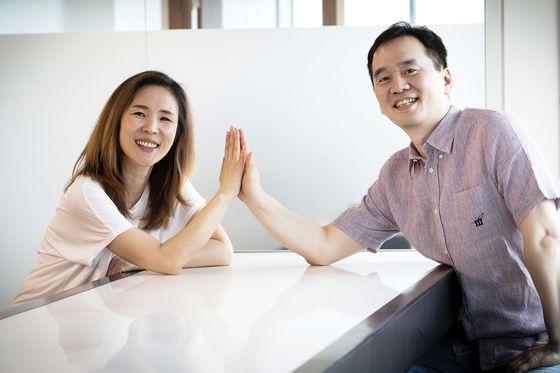 문지원(사진 왼쪽)·호창성 더벤처스 공동대표가 서울 더벤처스 사무실에서 중앙일보와 인터뷰하고 있다. 장진영 기자