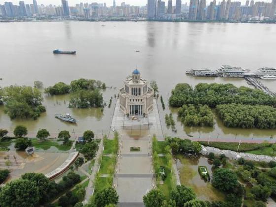 11일 후베이성 우한시 한커우 인근이 물에 잠긴 모습. [진르터우탸오 캡처]