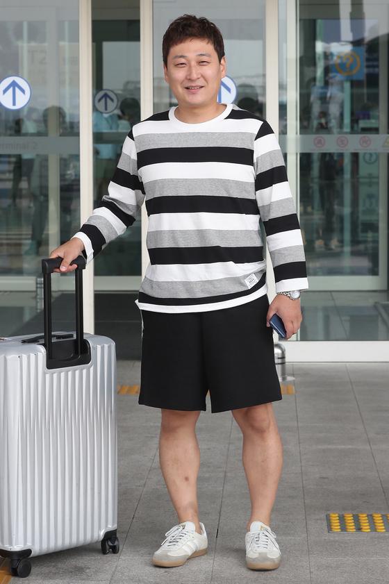 개그맨 노우진이 9일 오후 인천국제공항을 통해 SBS 예능프로그램 '정글의 법칙' 촬영 차 미얀마 양곤으로 출국했다.  박세완 기자 park.sewan@jtbc.co.kr / 2019.06.09/