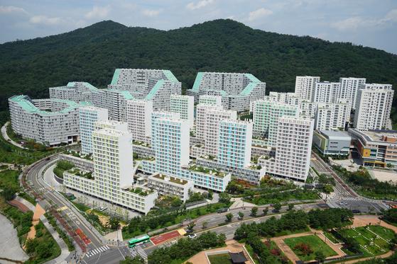 서울 강남보금자리주택지구. 토지임대부를 포함해 다양한 형태의 주택이 공급됐다.[중앙포토]