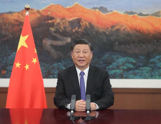 28일 AIIB 이사회 연례회의에서 연설하는 시진핑 중국 국가주석. 신화=연합뉴스