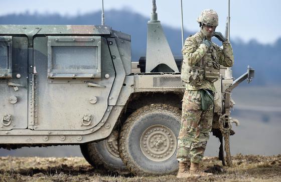 미국이 독일 주둔 미군을 1만2000명 감축해 다른 지역으로 배치하는 계획을 마련했다. 사진은 독일에 주둔하고 있는 미군의 모습 [AFP=연합뉴스]
