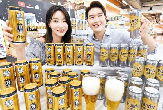 세계맥주에 대한 자부심을 가진 홈플러스가 유럽 맥주 소비가 늘어나는 추세에 맞춰 홈플러스에서만 만날 수 있는 '유럽 정통 브루어리 맥주'를 잇따라 선보이고 있다. [사진 홈플러스]