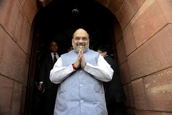 인도 모디 정부 2인자 코로나 양성 판정