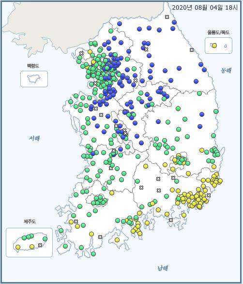 4일 오후 6시 니시노시마 화산 분출 연기가 남해안에 도달하면서 남해안 지역만 초미세먼지 '나쁨' 수준을 보인다. 자료 국립환경과학원