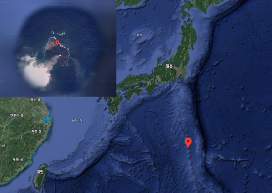 니시노시마 섬은 일본 주변 지각판 경계에 인접해있다. 왼쪽 위 작은 사진은 구글맵에 포착된 화산 분출 모습. 구글맵 캡쳐