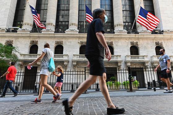 뉴욕증시, 코로나 둔화 기대감에…다우 0.62% 상승 마감
