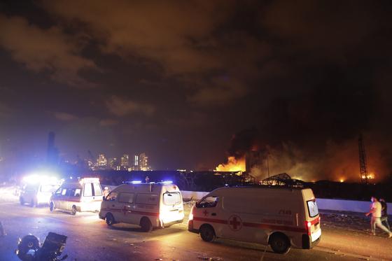 4일(현지시간) 대규모 폭발이 일어난 레바논 베이루트. [AP=연합뉴스]