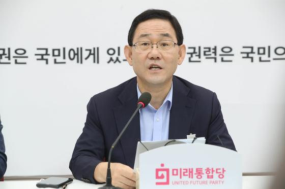 주호영 미래통합당 원내대표가 6일 서울 여의도 국회에서 기자간담회를 하고 있다. 오종택 기자