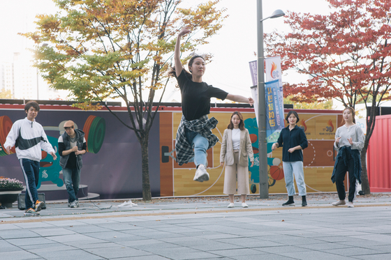 서울시는 5일부터 돈의문 박물관, 가든파이브, 구로G밸리 등 20여곳에서 1200여팀의 예술가들의 야외공연이 펼쳐진다고 밝혔다. [사진 서울시]