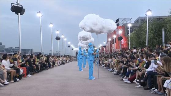 루이비통(LOUIS VUITTON)의 멘즈 스프링 섬머 2021 쇼 인 상하이