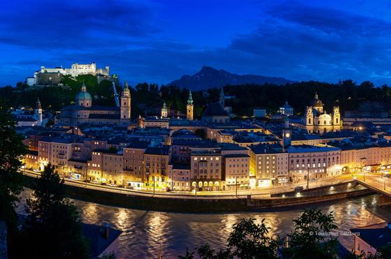 올해 100주년을 맞은 잘츠부르크 페스티벌이 코로나19 사태로 인해 예정보다 규모가 축소된 가운데 8월1일 개막해 오는 30일까지 열린다. [사진 메가박스]