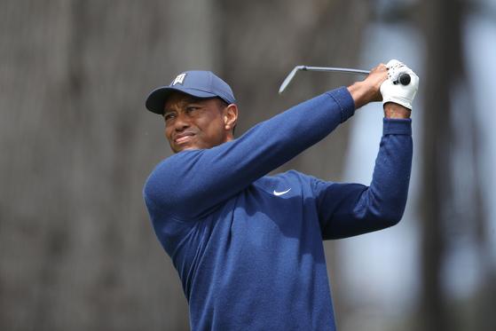 PGA 챔피언십 1라운드에서 공동 20위로 출발한 타이거 우즈. [AFP=연합뉴스]