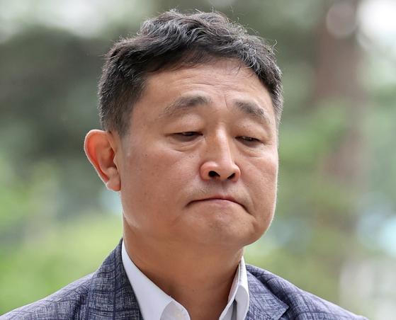구속된 운동권 대부 허인회…文정부 태양광 특혜 의혹도