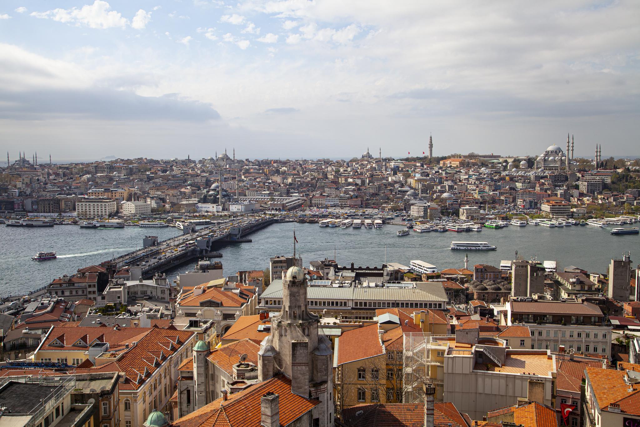 [한 컷 세계여행] 유럽이야? 아시아야? 기구한 운명의 도시