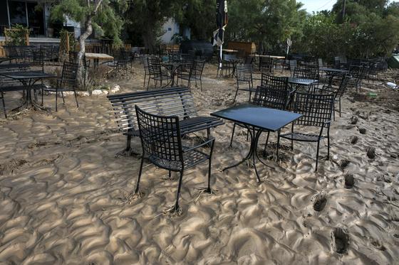 9일(현지시간) 그리스 에비아 섬의 모습. AP통신=연합뉴스