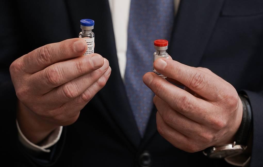 러시아에서 공식 등록된 코로나19 백신 '스푸트니크 V'(Sputnik V)' 샘플. 타스=연합뉴스