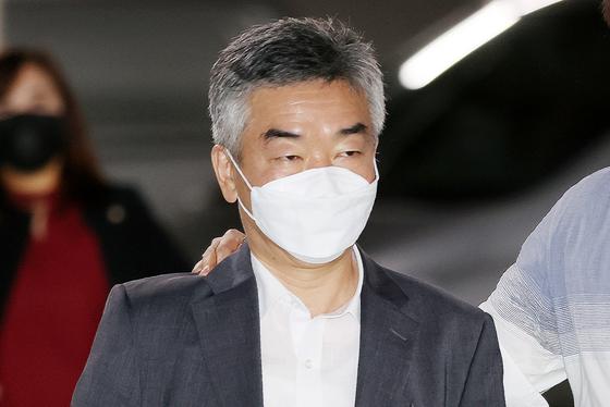한달 만에 경찰 출석…박원순 성추행 방조 부인한 前 비서실장