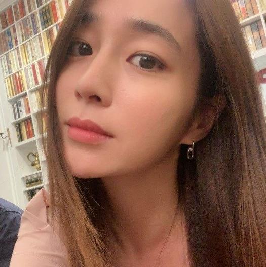 배우 이민정이 인스타그램에 올린 사진. [인스타그램 캡처]