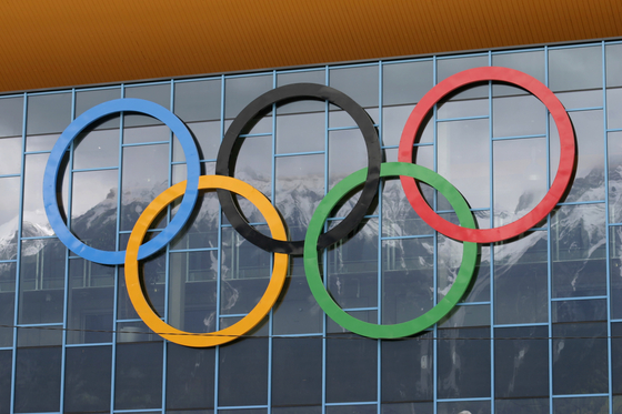 미국 한 연구소에서 올림픽 메달리스트가 경기 종료 순간 어떤 표정을 짓는지 조사했다. 분석 결과 경기가 끝나고 메달 색깔이 결정되는 순간 동메달리스트의 행복점수는 은메달리스트보다 높았다. [사진 pxhere]